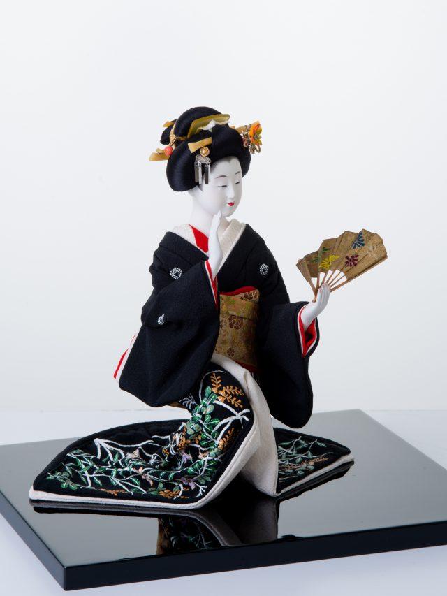 黒髪を舞う京芸妓